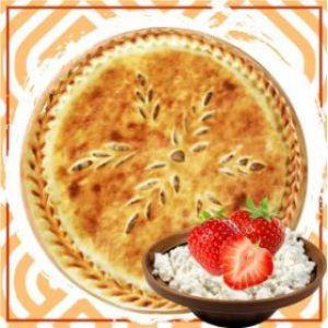 Пирог с творожным кремом и клубникой
