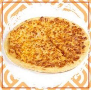 Чесночная лепёшка с сыром и розмарином
