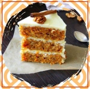 Пирог с клубникой, бананом и сметаной